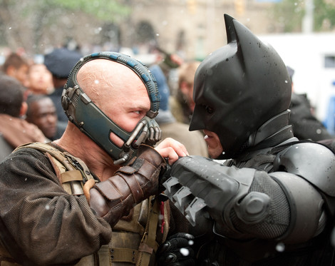 Bane fights Batman