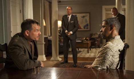Bill Paxton and Denzel Washington in 2 Guns