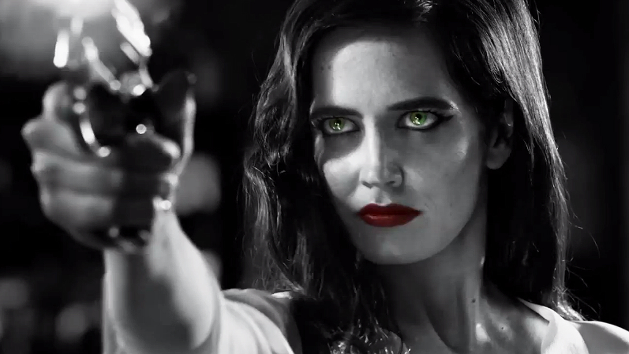 Eva Green in SIN CITY: A DAME TO KILL FOR